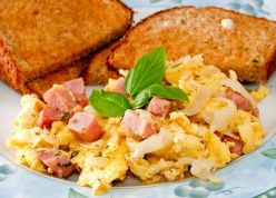 Huevos con pan
